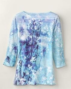 Twilight time, as aqua blues melt into white flora. Boat neckline, paper-print 3/4 sleeves. Lined body. Stippled polyester/cotton, hand wash. USA-made. [K13251] Feminine silhouette 3/4... More Details