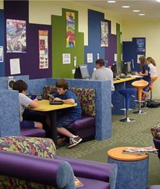 Hudson Library - Ohio - love the combination of booths, stools, and coffee shop style couch arrangements. Good for all purposes.
