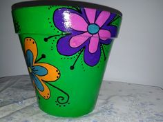 Flower Pot Art, Flower Pot Design, Flower Pot Crafts, Painted Plant Pots, Painted Flower Pots, Painted Pebbles, Painted Trash Cans, Painted Tires, Plant Painting