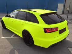 Fluorescent Yellow Neon Audi RS6