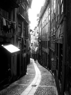 Architecture and Urbanism in Porto by Pedro Campeã, via Behance