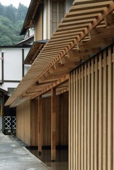 Ginzan Onsen Fujiya Hotel Kengo Kuma 2008 KNOWING KUMA 2013 Short film in which the nature-loving Japanese architect discusses his work and influences including Frank Lloyd Wright Louis Kahn Miles Davis and Yahujiro. Detail Architecture, Timber Architecture, Japan Architecture, Ancient Architecture, Sustainable Architecture, Landscape Architecture, Cultural Architecture, Kengo Kuma, Japanese Modern