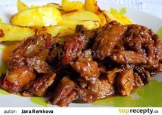 Ostré vepřové nudličky se zeleninou recept - TopRecepty.cz Czech Recipes, Russian Recipes, Ethnic Recipes, Pork Recipes, Snack Recipes, Cooking Recipes, Chicken Wings, Food And Drink, Beef