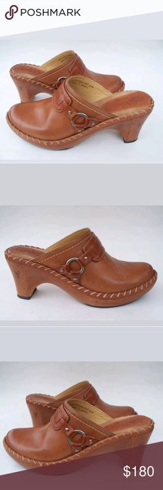 Frye Leather Clogs Size 8.5M Clean
