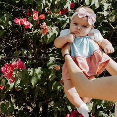 6 Novos Presets Gratuitos | Daniele Marson Vsco, Cute Babies Photography, Baby Girl Fashion, Instagram Story, Lightroom, Life Hacks, Photo Editing, Summer Picture Poses, Best Poses For Photos