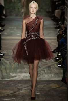 Storehouse of Memory: Valentino & Henri Rousseau: Alta Costura Colección Primavera-Verano 2014 (París)