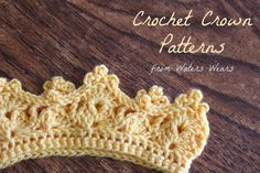 Crochet Headband Waters Wears: Crochet Crowns, Two Free Patterns Diy Tricot Crochet, Bonnet Crochet, Crochet Crafts, Crochet Stitches, Crochet Projects, Free Crochet, Beginner Crochet, Crochet Geek, Easy Crochet
