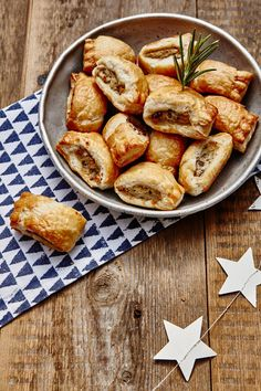 Cranberry and stilton sausage rolls. Styled by Kate Phillips. Brown Sauce, Sausage Rolls, Great British, Pretzel Bites, Bread, Christmas, Food, Xmas, Weihnachten