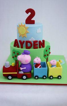 Peppa train cake George Pig Cake, George Pig Party, Pig Birthday Cakes, Birthday Cake Girls, 3rd Birthday, Dolly Varden Cake, Cumple Peppa Pig, Mom Cake, Disney Cakes