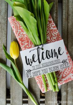 Neighbor Gift Ideas:: We Hope You Bloom Here FREE PRINTABLE\\  Favorite Pins @frostedevents  Pinspiration   #diy #housewarming