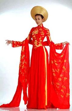 d5aa3d925be Traditional Wedding Ao Dai Traditional Vietnamese Wedding