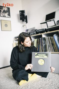 """""""The storage drawers on the bottom row make searching, organising and selecting my vinyls so much easier and quicker, so I can spend more time on the artistic aspect of my set and less time trying to find a record."""" DJ Camea #vinylstorage #vinyllove #vinylshelf #vinylrack"""