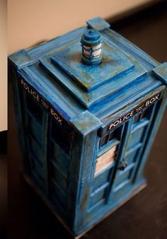 Doctor Who Cake...Please Please Please someone make/get this for me!!!