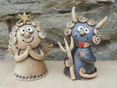 Clay Wall Art, Clay Art, Ceramic Pottery, Ceramic Art, Clay Projects, Projects To Try, Clay Angel, Pottery Angels, Bird Doodle