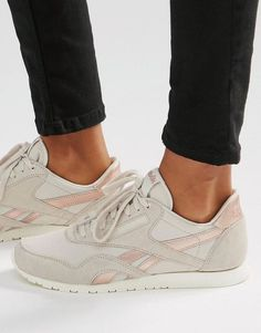 Reebok | Reebok Classic Sneakers In Nude With Rose Gold Trim