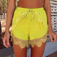 Now that I have one pair of floofy shorts, I want a zillion. Comfiest article of clothing ever.