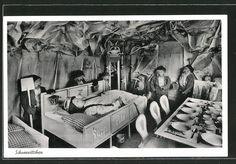Alte Ansichtskarte: AK Hohenlimburg, Sieben Zwerge mit der schlafenden Schneewittchen im Märchenwald