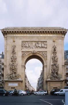 Porte Saint Denis, Paris, France.