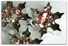 Snowflake Peppermint Bark: Think Outside the Box. + INSIDE the Cookie Cutter! This delicious dark and white chocolate peppermint bark is a delicious gift! White Chocolate Peppermint Bark, Peppermint Sticks, Chocolate Bark, Chocolate Gifts, Christmas Bark, Christmas Desserts, Christmas Baking, Christmas Cookies, Christmas Gifts