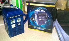 My daughter sent me the most kewlest birthday gift: a TARDIS mug from the BBC America Store! <3 it!