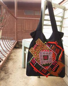 Bolso de mano mosaico étnico / / tribal / / por realmlistic en Etsy