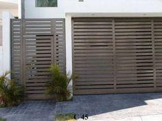 Portones de Fierro. Globalum, Reflejando Estilo en la Innovación de Estructuras Decor, Doors, Home, Exterior Wall Design, Outdoor Decor, Garage Doors, Modern, Wall Design, Exterior
