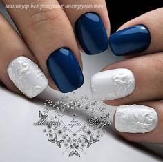 "Navy and white nail art from  MarinaDesign (@nail_marina_disign) on Instagram: ""#ногтидизайн #нижегородскаяобласть #аппаратныйманикюр #маникюрдзержинск #росписьногтей #naildesign…"""