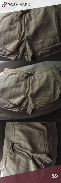 BEIGE SHORT-SHORTS Stylish crinkled styled beige shorts w/ adjustable waist band. NEVER worn. Fashion Nova Shorts