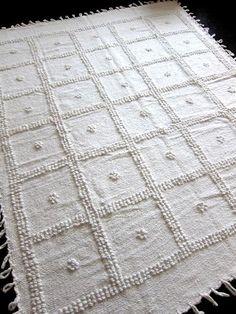 // Temoayan Blanket from L'Aviva Home