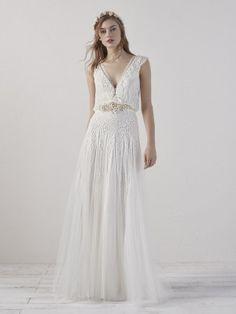 wedding-dress-tulle-straight-ECO