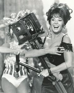 Natalie Wood, Golden Age Of Hollywood, Classic Hollywood, Old Hollywood, Hollywood Life, Hollywood Stars, Hollywood Actresses, Divas, Blake Edwards