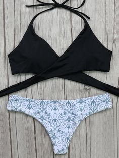 $12.03 Wrap Bikini Top and Baroque Bottoms - WHITE/BLACK M