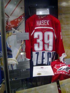 2014 Hockey Hall of Fame Inductions in Toronto (photo: paulathompsonfreelance.com)