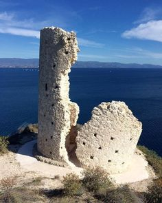 by http://ift.tt/1OJSkeg - Sardegna turismo by italylandscape.com #traveloffers #holiday | Recuperata riconsolidata rifigata. Torre del Poetto. A #pois. 21/02/2016. Ore 14. 20C e vento moderato…