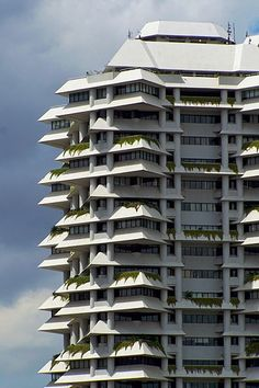 Intiland Tower - Paul Rudolph