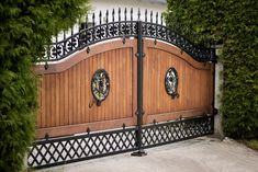 orte 3 ART DECO panels, lacquered with joint cover set … – Door Ideas Front Gate Design, House Gate Design, Main Gate Design, Door Gate Design, Fence Design, House Front Gate, Front Gates, Entrance Gates, Wrought Iron Driveway Gates