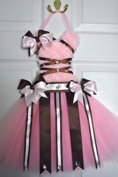 Google Image Result for http://i.ebayimg.com/t/Newborn-Hospital-Door-Hanging-Tutu-Hair-Bow-Holder-baby-shower-supplies-BBB-/00/s/MTYwMFgxMDYy/%24(KGrHqJ,!lQE-30EBRgGBPynlN,Z0g~~60_57.JPG