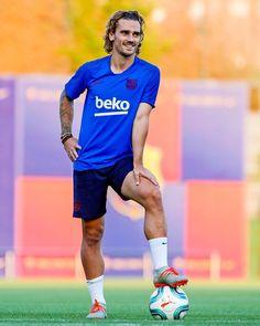 Football Is Life, Football Boys, Soccer Boys, Football Players, Soccer Teams, Antoine Griezmann, Barcelona Football, Dear Future Husband, Sports Wallpapers
