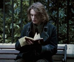 """Cosplay Harry Potter Gellert Grindelwald """"Harry Potter and The Deathly Hallows"""" since 2016 Harry Potter Cosplay, Harry Potter Cast, Harry Potter Universal, Harry Potter Characters, Voldemort, Hogwarts, Gellert Grindelwald, Jamie Campbell Bower, Sweeney Todd"""