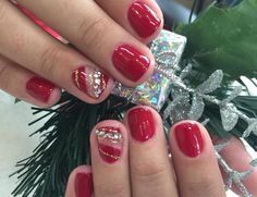 #gelnails #prettynailswagg #gelnailsdesign #nailsdesign #rednails #christmasnails