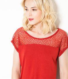 T-shirt motif ajouré rouge Camaïeu 2016
