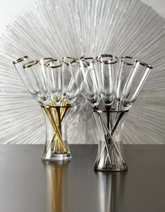 Celebrate life's most memorable moments with a toast in our stunning Salud Toasting Flutes.