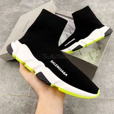 Giày Balenciaga Speed Trainer Black White Chartreuse Rep 1:1 Balenciaga Speed Trainer, Puma Fierce, Bordeaux, High Tops, Trainers, High Top Sneakers, Black And White, Shoes, Fashion