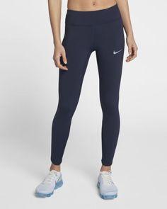 f7c009de8082a Legging nike bleu Taille S Prix   85 euros En magasin et en ligne sur Nike
