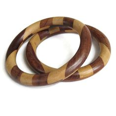 """This is a fab Lot of 2 Laminated Wood Bangle Bracelets Vintage!  These bracelets make a great pair for wearing together!  Bracelets each measure 2 5/8"""" across and nearly 1/... #vintage #jewelry #ecochic #vogueteam ➡️ http://jto.li/BK3fa"""