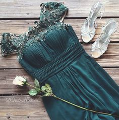 Green Lacey Neckline Open Back Ruched Bust Evening Dress