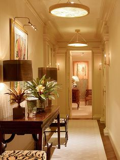 A City Apartment, in ther Haussmannian Style - Andrew Skurman Architect - The Foyer