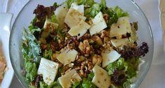 Πράσινη σαλάτα -idiva.gr Salad Bar, Cobb Salad, Food N, Food And Drink, Greek Recipes, Feta, Potato Salad, Cabbage, Recipies