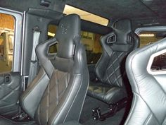 #Puma 3.2 #landrover #defender custom interior in a quality black auto hide with a ruskin inside 4x4 seats