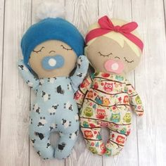 Doll Patterns Free, Doll Sewing Patterns, Sewing Dolls, Fabric Doll Pattern, Sew Pattern, Bead Patterns, Knitting Patterns, Softies, Doll Crafts
